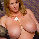 http://www.busty-legends.com/gals/cosmid-brooke-max.php