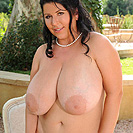 http://www.bigboobsalert.com/natalie-fiore-ddfbusty.php